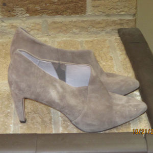 Johnston Murphy Taupe Bootie